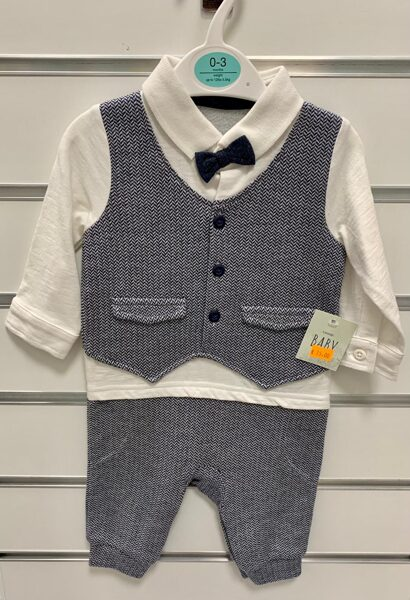Svinīgs komplekts zēniem/0-3 mēn./62cm/Pelēkas bikses+balts krekls ar pelēku vesti+tauriņš