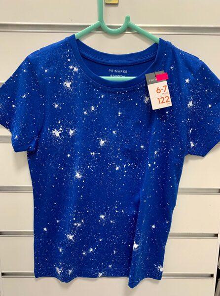 Īsroku krekls 6-7 gadi/122cm/Tumši zils ar baltiem traipiem.