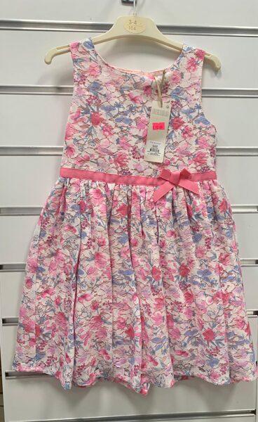 Vasaras kleita bez rokām/3-4 gadi/104 cm/Puķaina ar rozā jostas lenti.