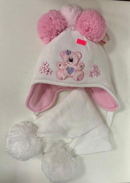 Cepure, šalle/Balta ar rozā lācīti, ar 3 bumbuļiem, sienama.