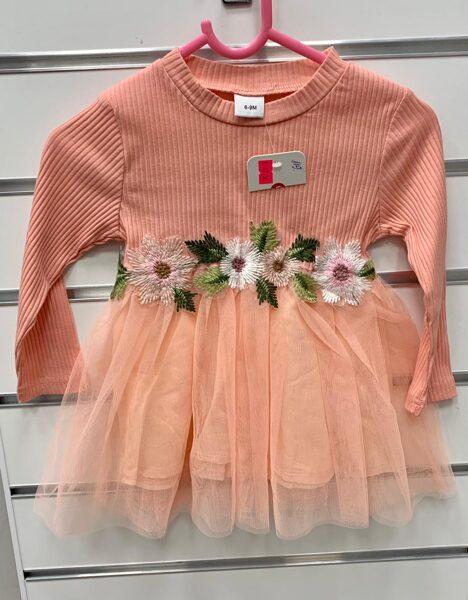 Garroku kleita 6-9 mēn./Laša krāsā ar tilla apakšu un ziediem jostas daļā.