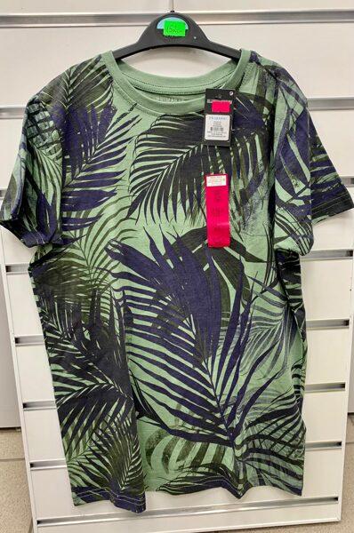 Īsroku krekls 11-12 gadi/152cm/Zaļš ar papardēm.
