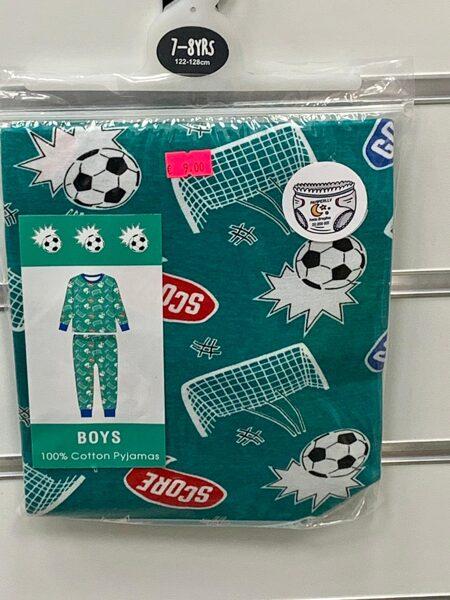 Pidžama zēniem/garās rokas+garās bikses/7-8 gadi/122-128cm/Zaļa ar futbola tematiku.