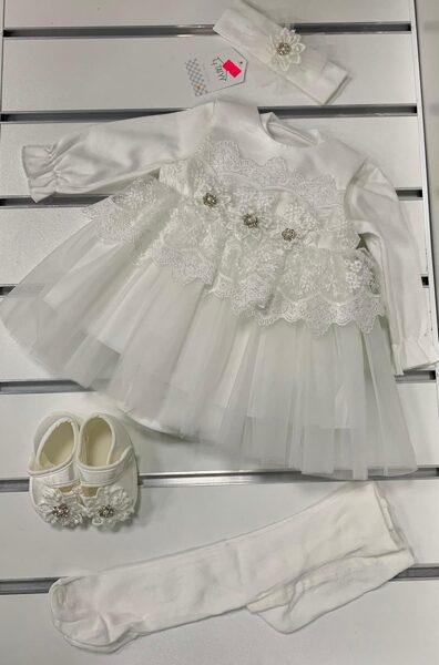 Svētku komplekts 0-3 mēn./50-56cm/Balta garroku kleitiņa+galvas bante+kurpītes+zeķubikses