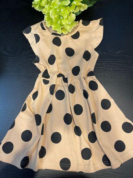 Kleita.Kokvilna. Slišu krāsa ar melniem punktiem. 116 cm